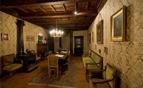 """Esplorando l'Italia. Il borgo e il castello di Fumone: """"Cum Fumo fumat, tota campania tremat"""""""